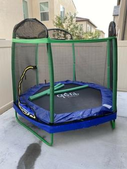 7 ft kids Trampoline with safety enclosure net&Spring pad mi